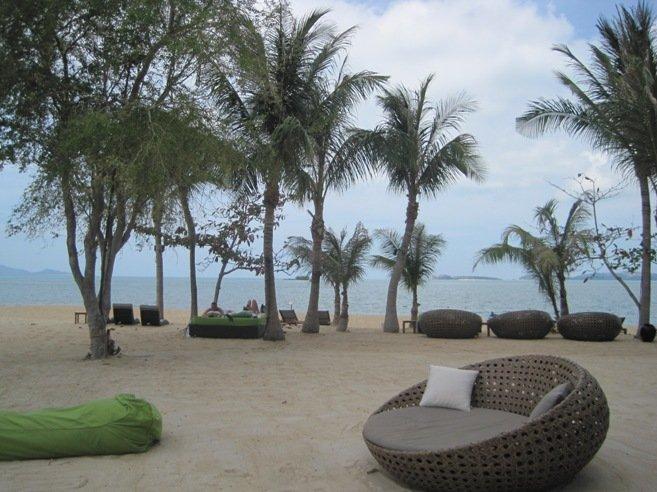 Пляж отеля W-Resort