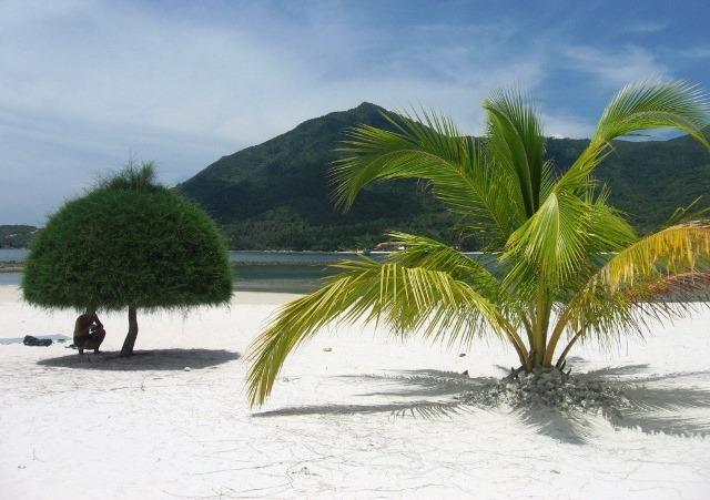 Пляж Малибу на Пангане