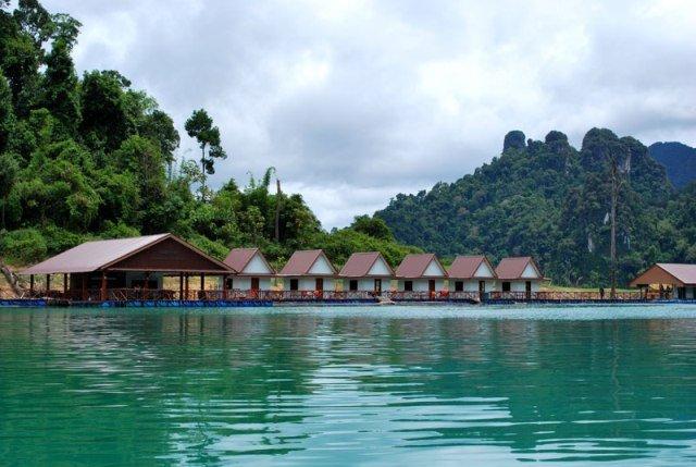 Жилье на озере Чео Лан