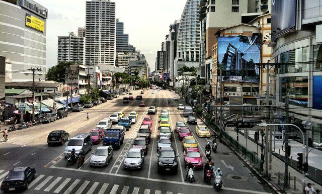 Район Сукхумвит роуд в Бангкоке