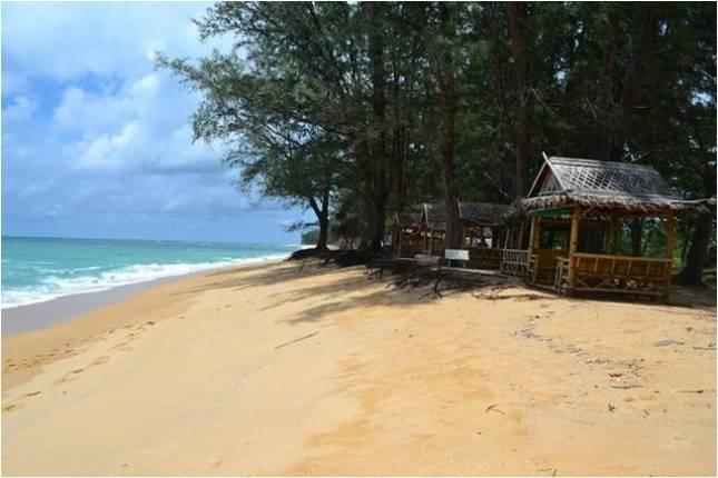 пляж Май Као на Пхукете
