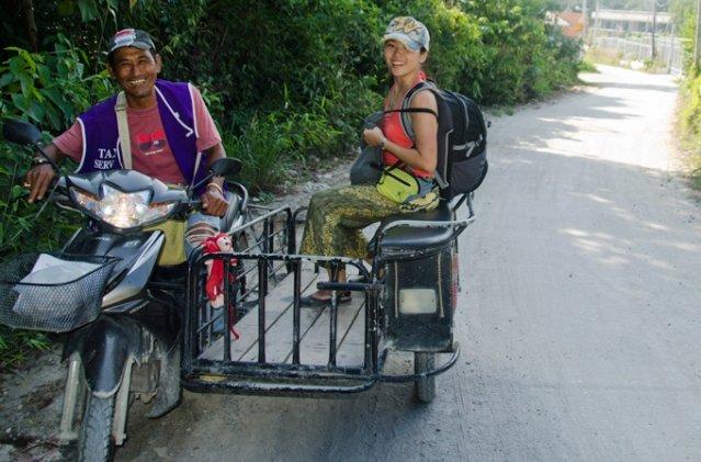 Такси на острове Липе