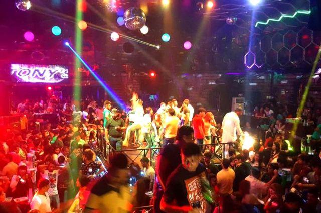 Ночной клуб Tony's Disco в Паттайе