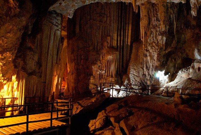 Пещера Diamond Cave