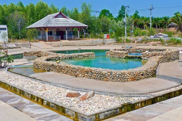 Saline Hot Springs Khlongthom