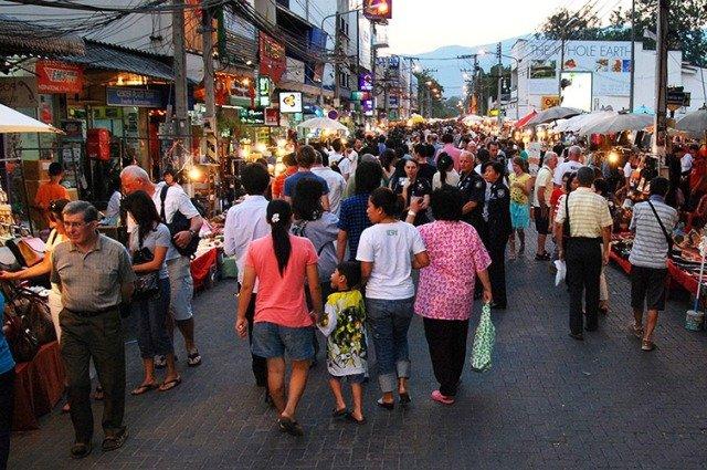 Рынок Sunday market