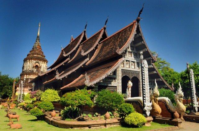 Храм Wat Lok Molee в Чиангмае
