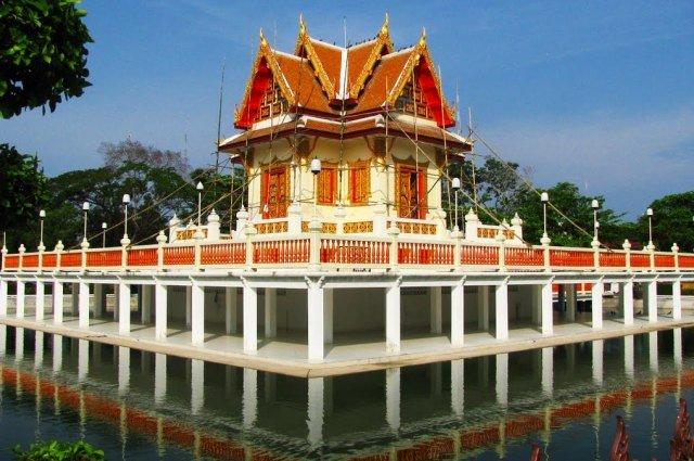 Парк Suan Si Mueang в Районге