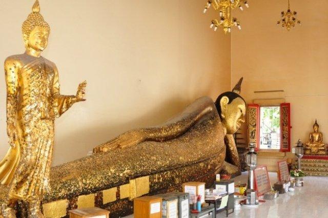 Храм Wat Pa Pradu в Районге