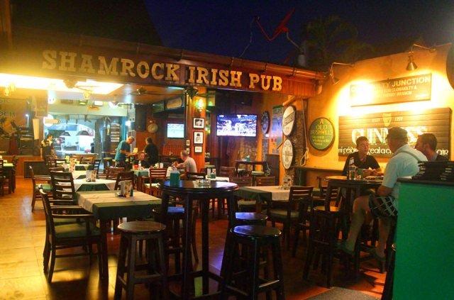Бар Shamrock Pub