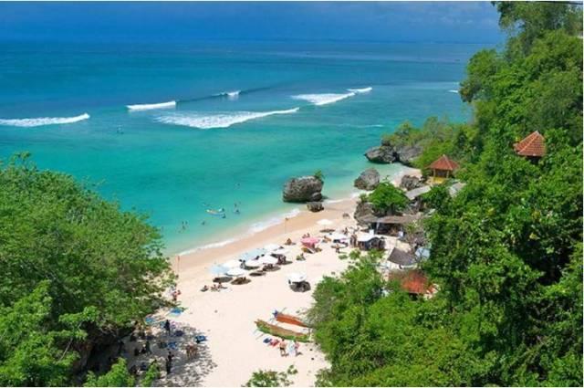 Курорт Паданг Бей на Бали