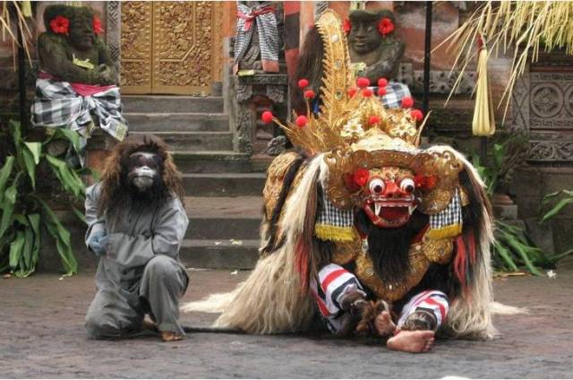 Танец Баронг на Бали