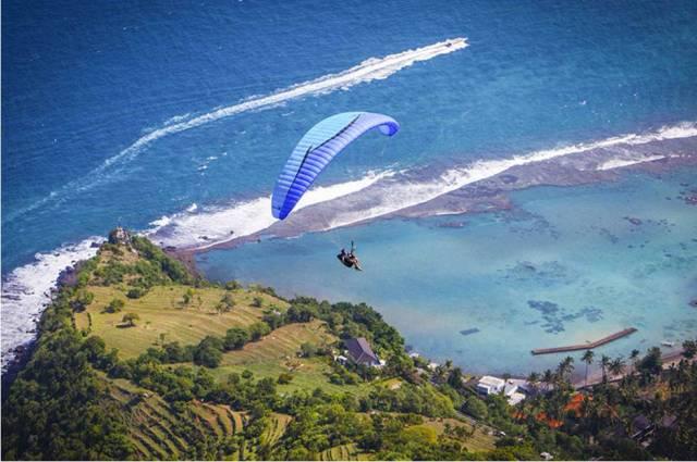 Полет на параплане на Бали