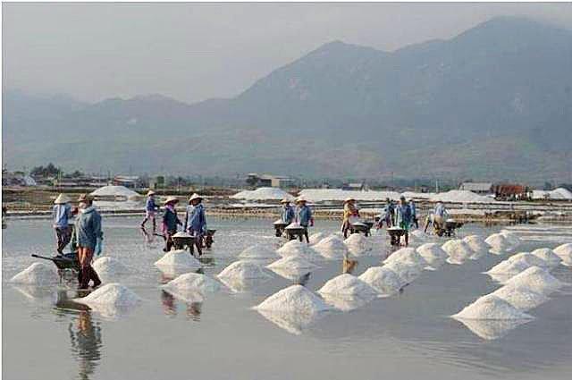 Соляные поля Хон Кхой
