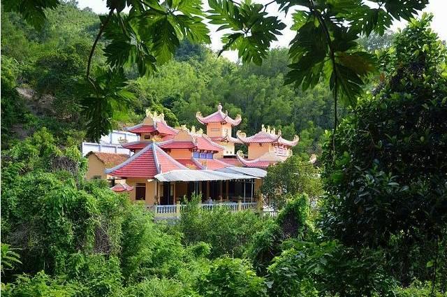 Пагода Суой До в Нячанге