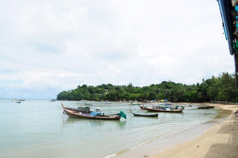 Пляж Равай на Пхукете
