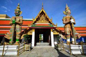 Храм Изумрудного Будды в Бангкоке