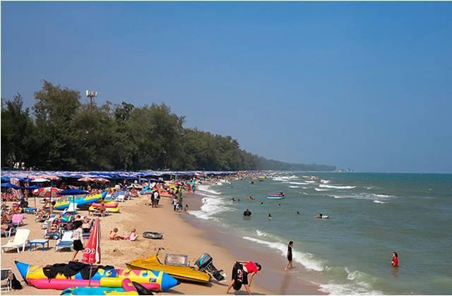 Пляж Ча Ам в Тайланде