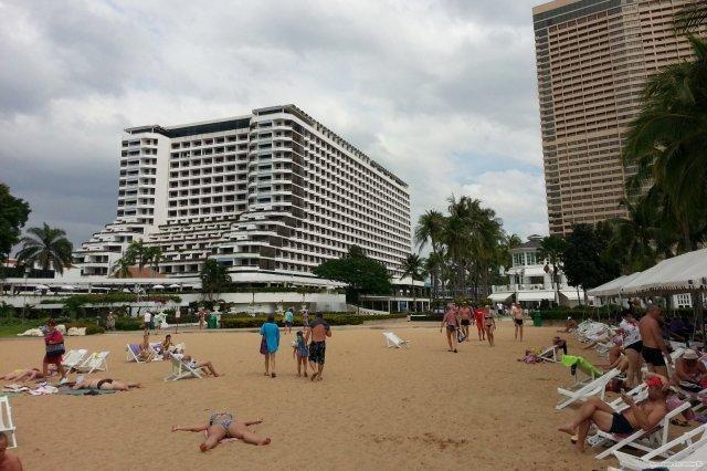 Пляж Амбассадор в Паттайе