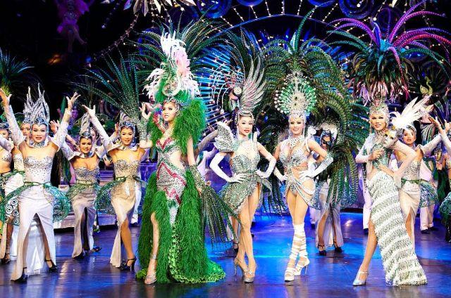 Шоу трансвеститов в Паттайе