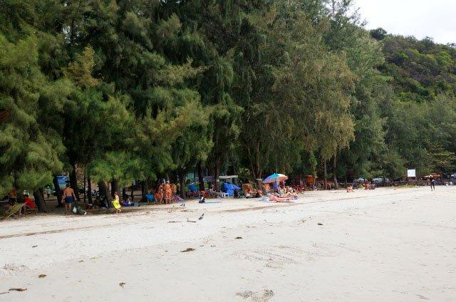 Пляж Танцующей девушки в Паттайе