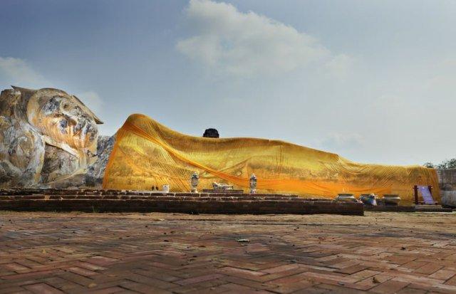 Аюттайя Wat Lokkayasutharam