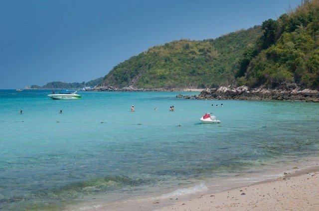 Пляж Тонгланг на острове Ко Лан