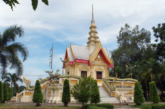 Wat Klong Thom в Краби