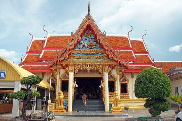 Храм Wat Hua Hin