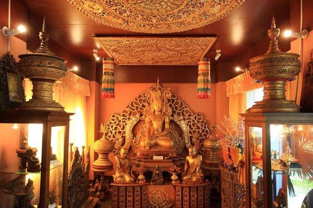 Музей Oub Kham в Чианграе