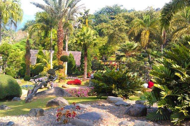 Сад Tung Garden в Чианграе