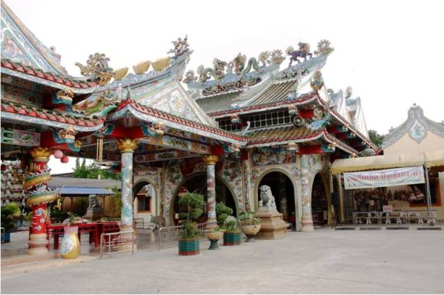 Храм Wat Buppharam в Чиангмае