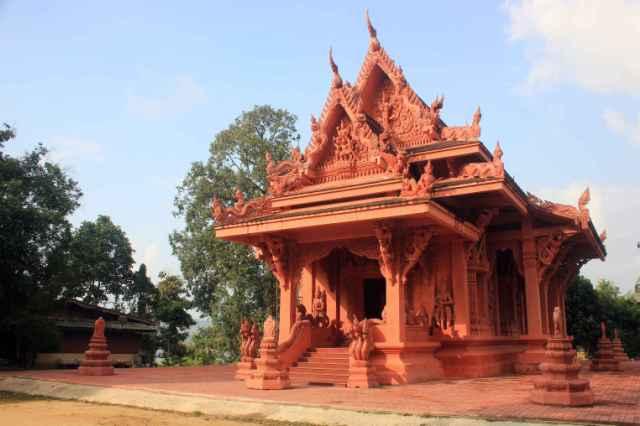Красный храм на Самуи