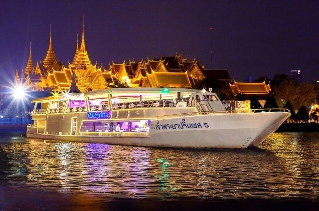 Круиз по реке Чао Прайя в Бангкоке