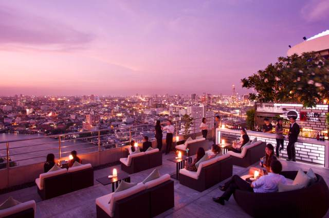 Бар Three Sixty в Бангкоке