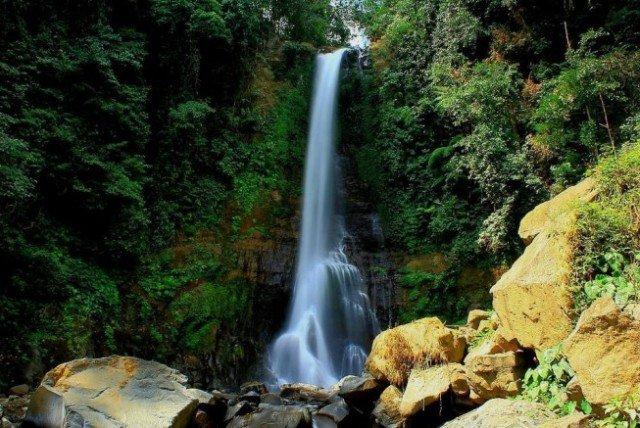 Водопад Git Git на Бали