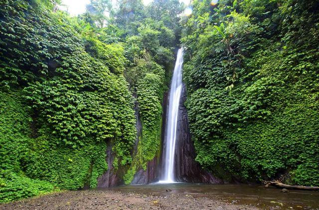 Водопад Munduk на Бали