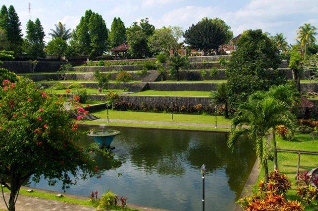 Водный парк Нармада