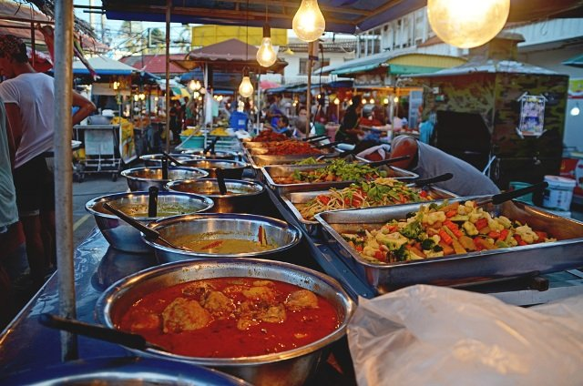 Night Market в Куте
