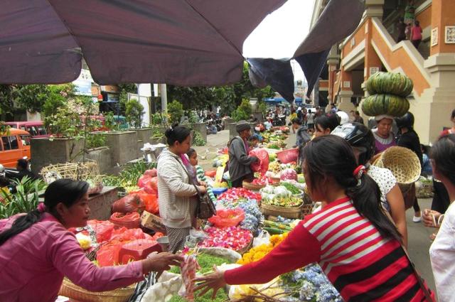 Рынок Pasa Amlapura на Бали