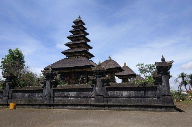 Храм Бесаких на Бали