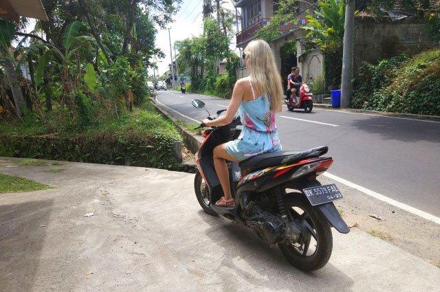 Водительские права на Бали