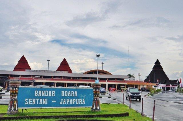 Аэропорт Джаяпура Сентани