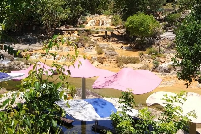Водопады в Нячанге