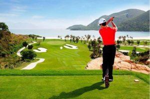 Где поиграть в гольф в Нячанге?