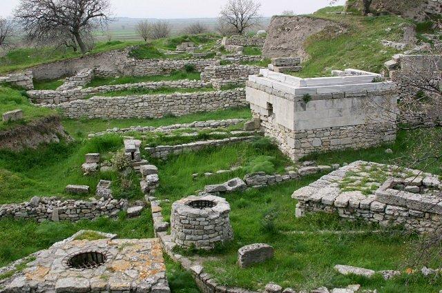 Древний город Троя (село Тевфикие)