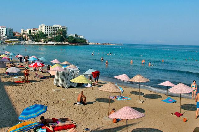 Женский пляж (Кушадасы)