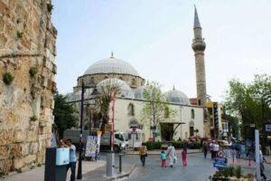 Какие мечети есть в Анталии?