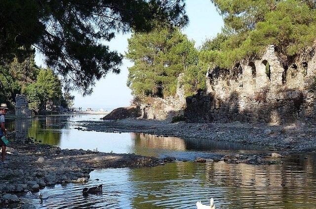 Олимпос (Кемер) — у древнегреческих руин